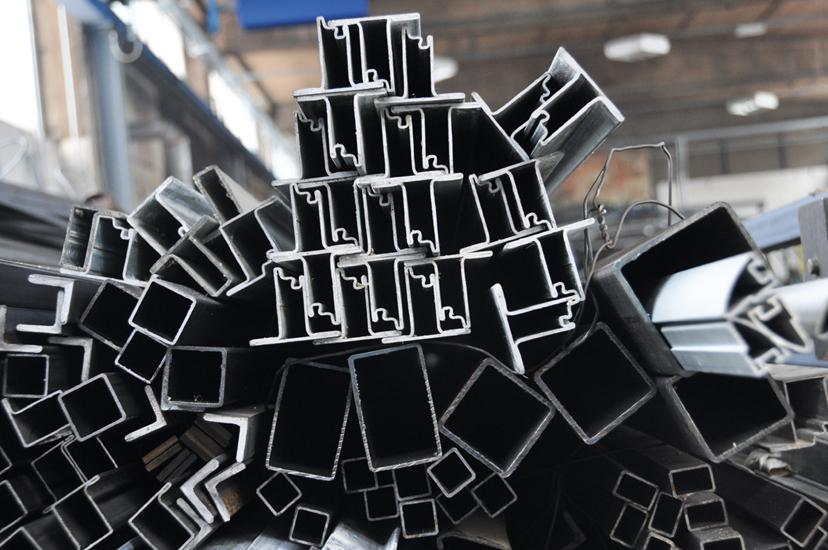Ferro creativo. Creative iron.
